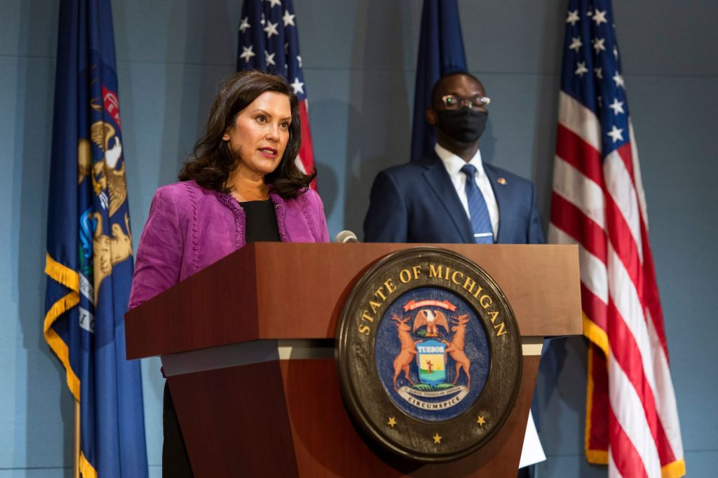 Governor Whitmer Signs Executive Directive Recognizing Racism As A Public Health Crisis Wbkb 11